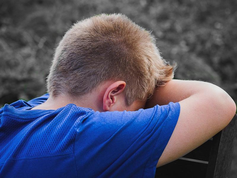 Cómo actuar si los niños se golpean la cabeza