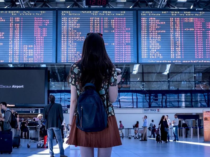 Los viajeros del extranjero tendrán cuarentena obligatoria