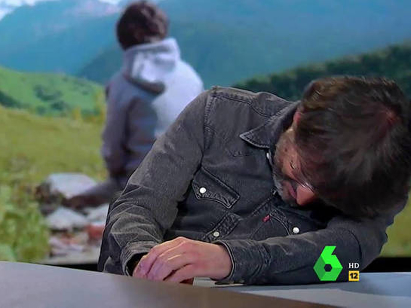 Jordi Évole sufre un ataque de cataplexia en pleno directo