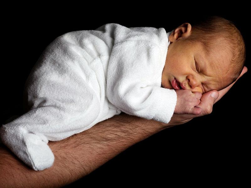 ¿Por qué roncan los bebés?