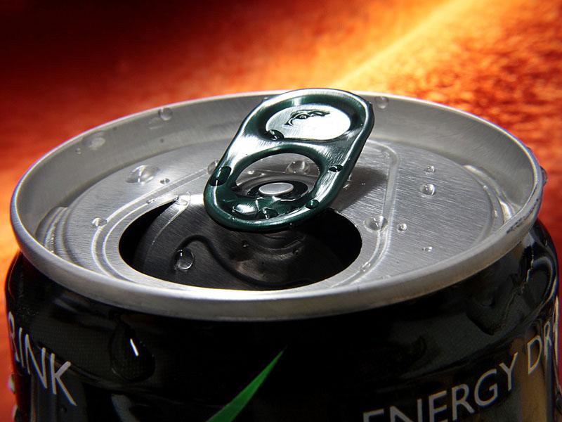 Los peligros de las bebidas energéticas para los niños